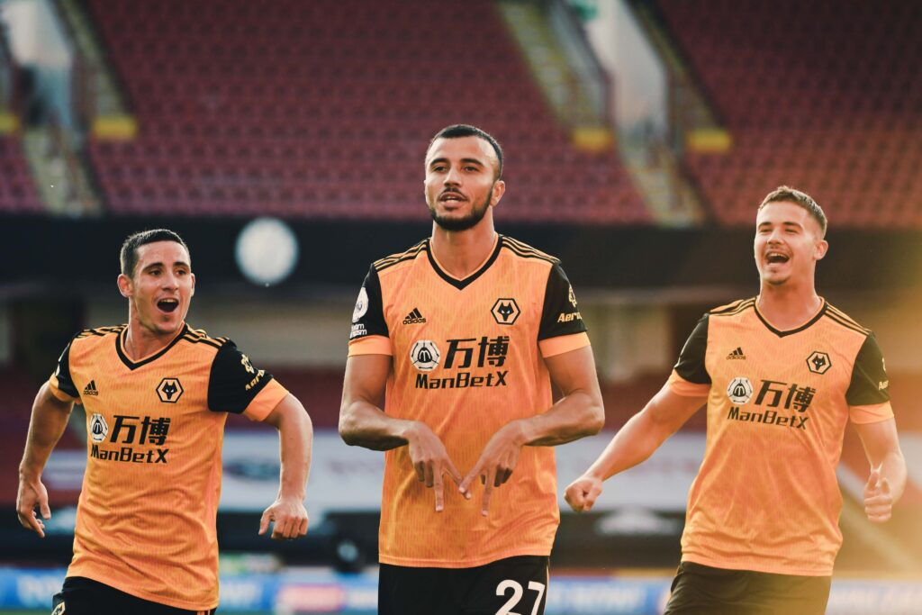Wolverhampton Wanderers have signed a sponsorship deal, with Aeroset to become the official sleeve sponsor of the club.