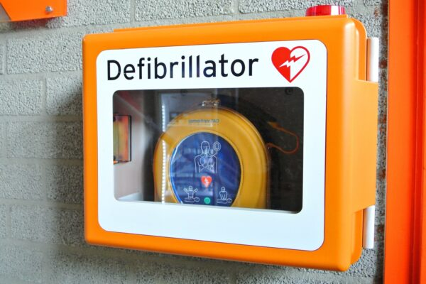 Vicsport has announced a partnership with AED Authority, giving better access to AEDs for Victorian sports clubs.